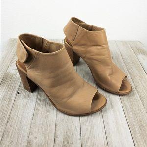 Steve Madden block heels/open toe heels, Size 6B